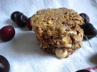 White Chocolate Cherry Oatmeal Cookies | Cookies | Pinterest