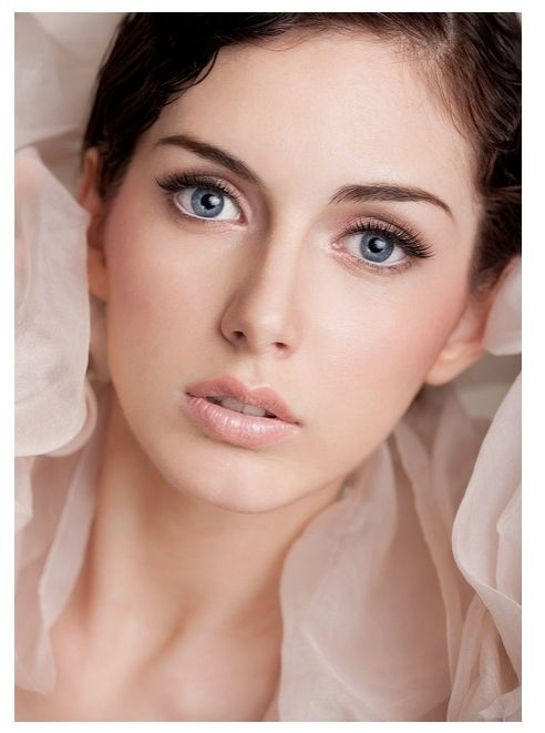 Natural Bridal Makeup Photos : Natural Wedding Makeup - Blue Eyes Makeup Pinterest