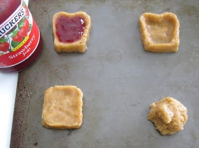 Dollhouse Bake Shoppe: PB & J Cookies | Try it, you'll like it ...