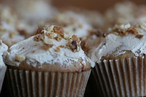 Maple Walnut Cupcake Recipe | Cute Cupcakes RecipesCute Cupcakes ...