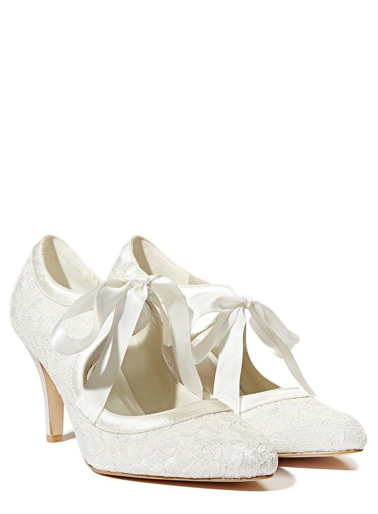 Lace Vintage Style Bridal Shoes BHS