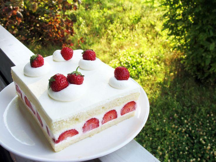 Japanese Strawberry Shortcake | Food | Pinterest