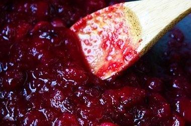 Fuji Light Cranberry Sauce — La Fuji Mama
