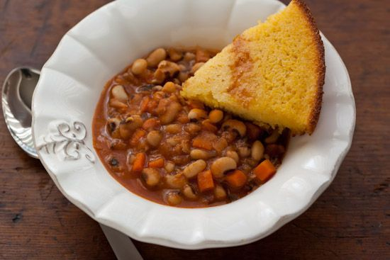 Smoky Spiced Black-Eyed Peas with Bacon Recipe - Pinch My Salt [To ...
