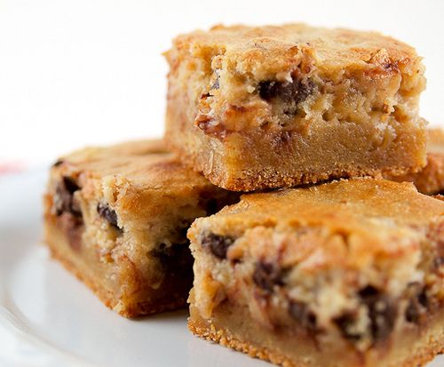 Pecan Chocolate Chip Gooey Butter Cake - I really don't like the word ...