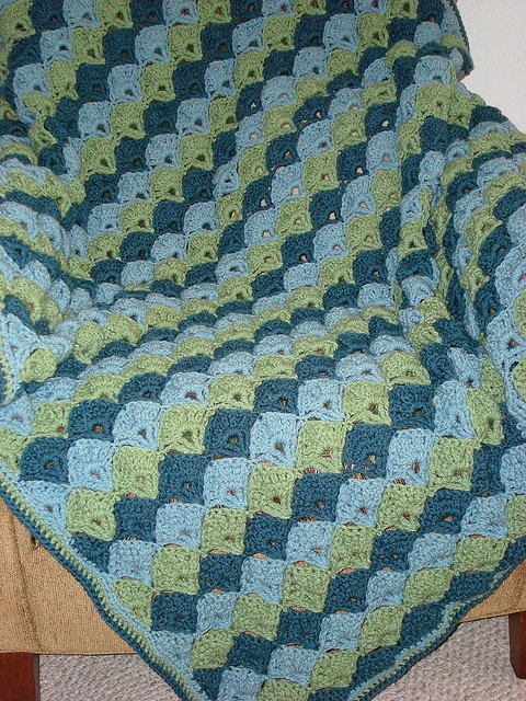 Twilight Shells Throw Crochet Pattern Crochet Pinterest