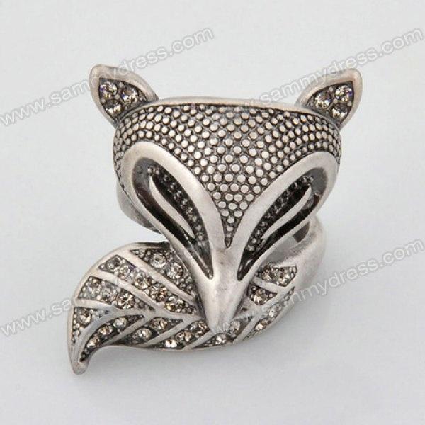 Retro Style Fox Shape Rhinestoned Finger Ring For Women Color