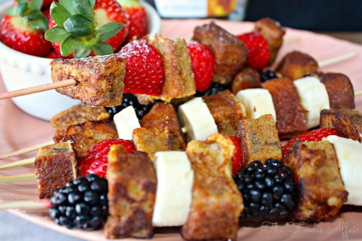 French Toast Fruit Kabobs http://foodiesnetwork.tv/french-toast-fruit ...