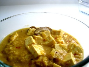 Red Lentil Curry with Eggplant and Tofu | Get in my bellay | Pinterest
