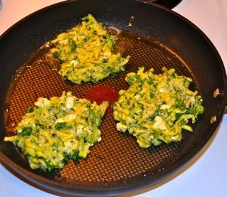 zucchini dill pancakes | YUMMO! | Pinterest