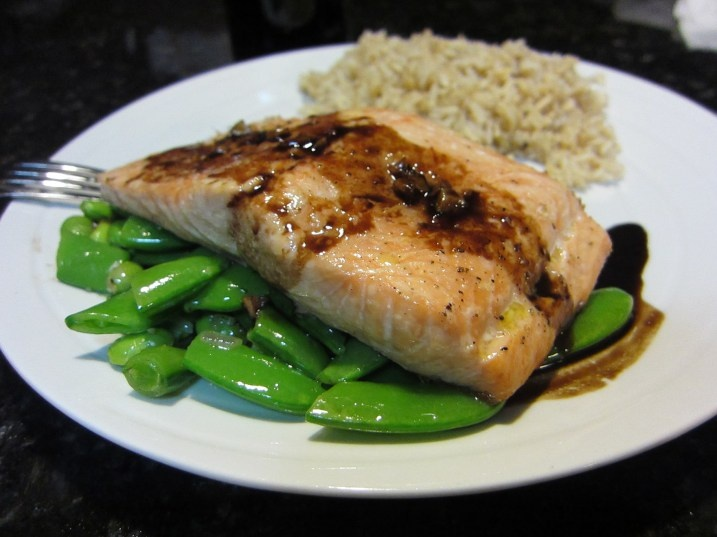 Balsamic glazed salmon from Giada De Laurentiis - super fast and ...