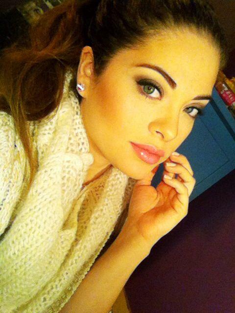 Stephbusta . YouTube beauty guru | ..Beauty Routine ...