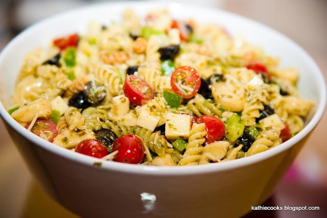 Cheese Tortellini Pesto Pasta Salad | Delish! | Pinterest