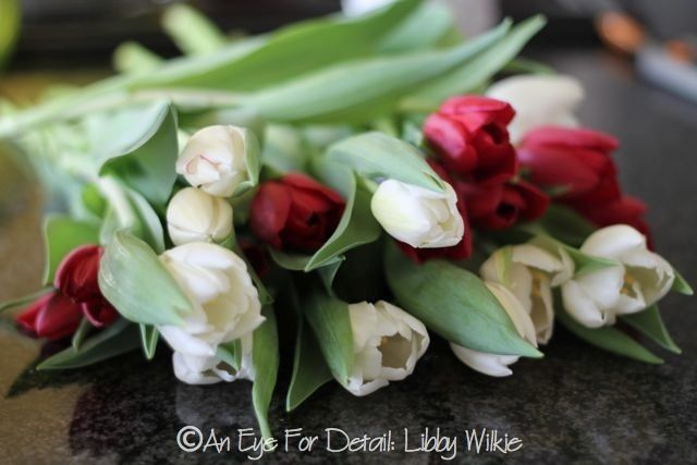valentine day flower delivery online