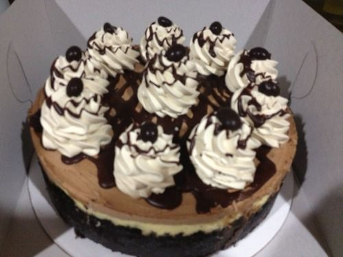 Mocha cheesecake… chocolate Oreo crust, plain cheesecake with coffee ...