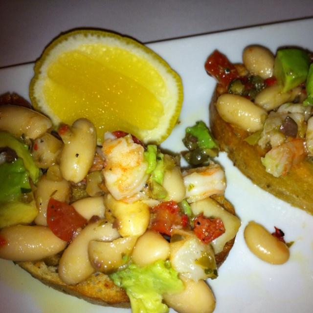 Tapas of avocado, shrimp & white beans. Love unusual avocado tapas ...