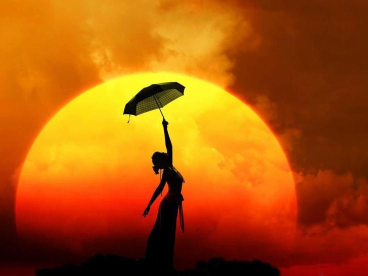 Yo soy parte del sol, como mis ojos son parte de mi. Mis pies saben perfectamente que yo soy parte de la tierra; y mi sangre es parte de la mar. No hay ninguna parte de mi que exista por su cuenta, excepto, quizás, mi mente; pero en realidad mi mente no es mas que un fulgor del sol sobre las superficies de las aguas. - D. H. Lawrence -