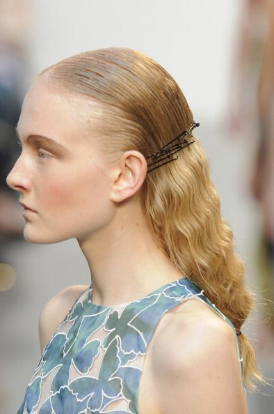 The Hottest Little Hair Accessory - 7 ways to pin with aplomb!