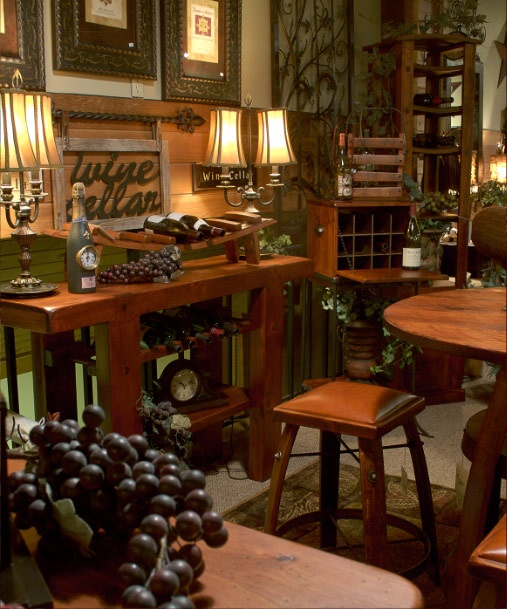 Great wine room decor wine decor pinterest for Decorating dining room wine theme