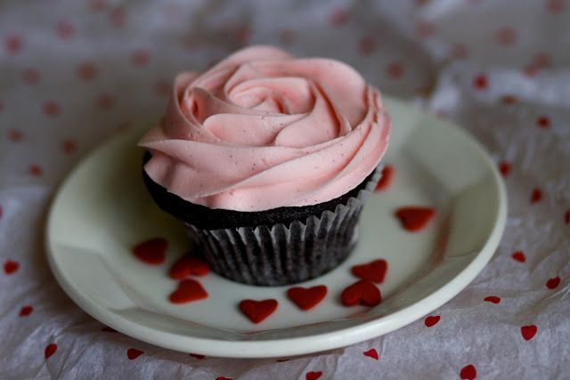 One-Bowl Chocolate Cupcakes | Cakes & Cupcakes | Pinterest