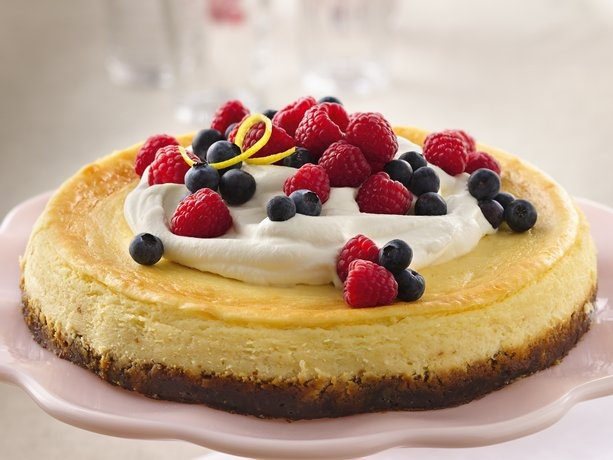 Lemon Cheesecake with Fresh Berry Topping Recipe from Betty Crocker ...
