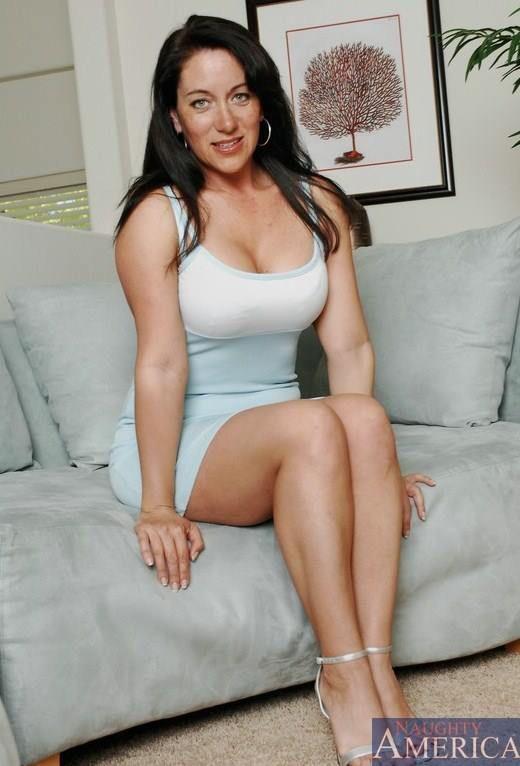 Sexy pornstar sandy