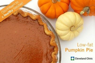 Trade in your high calorie pie for a low-fat dessert, full of antioxidants! Only 7 grams of fat per slice! #low-fat #pumpkinpie #thanksgiving #recipe #turkey