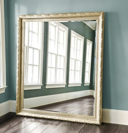 Large leaning mirror new salon pinterest for Big salon mirrors