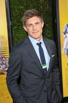 Chris Lowell... looks just like a young Rob Lowe