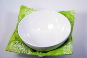 Download Microwave Bowl Potholder Sewing Pattern | Featured Products | YouCanMakeThis.com