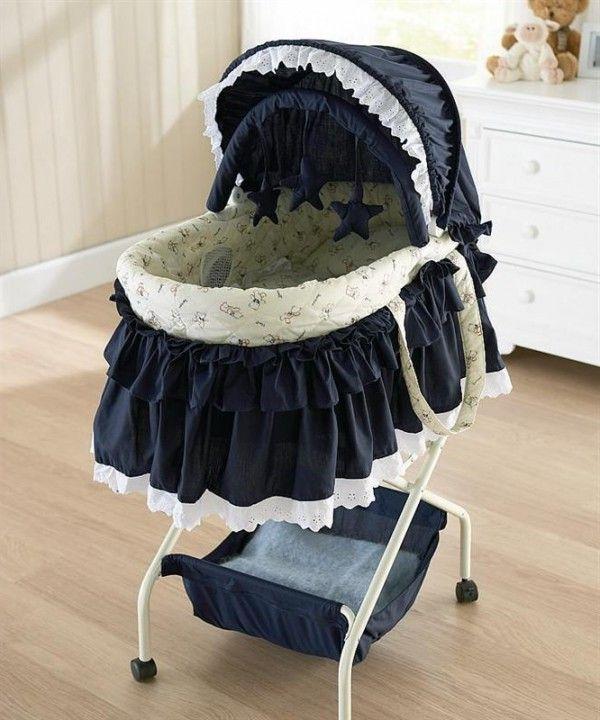Modern graco baby bassinets sleep baby bag pinterest for Baby bassinet