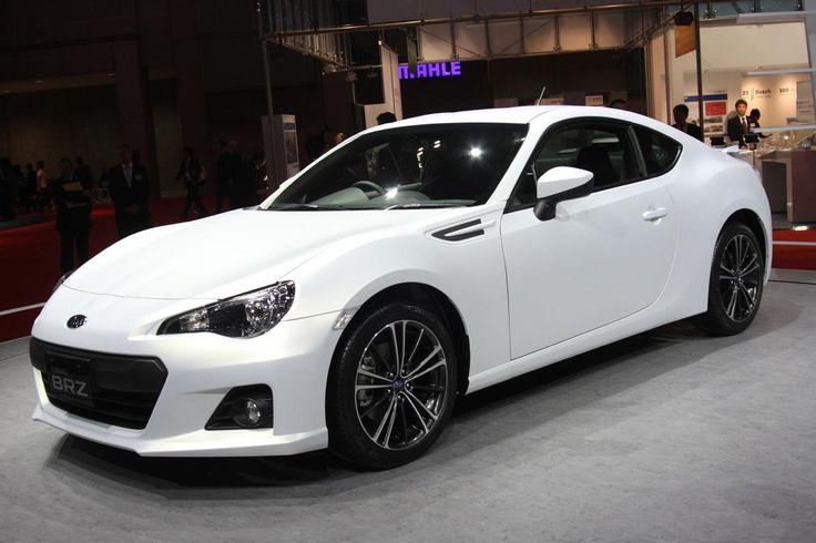Subaru BRZ w kolorze białym