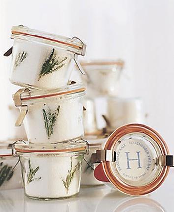 favors rosemary salt | culinary ~ le cordon bleu | Pinterest