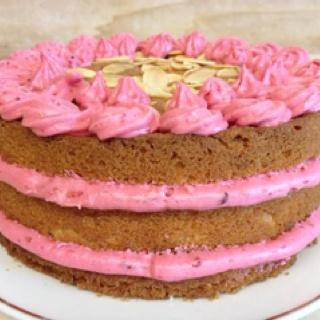almond raspberry layer cake celebrating sweets almond raspberry layer ...