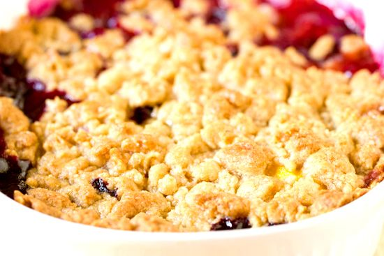 Peach and Blueberry Crumble - farmers market had both fruits fresh ...