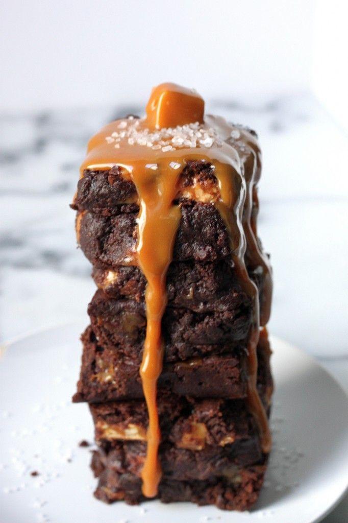Salted Caramel Snickers Fudge Brownies - The ultimate fudge brownie ...