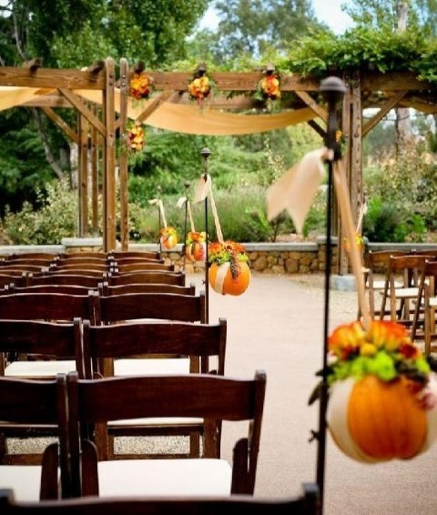 Fall Wedding Decorations With Pumpkins : Fall wedding decorations on a budget laura ideas