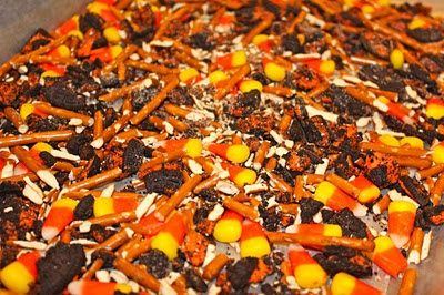 candy corn and oreo cookie bark.   eats & drinks   Pinterest