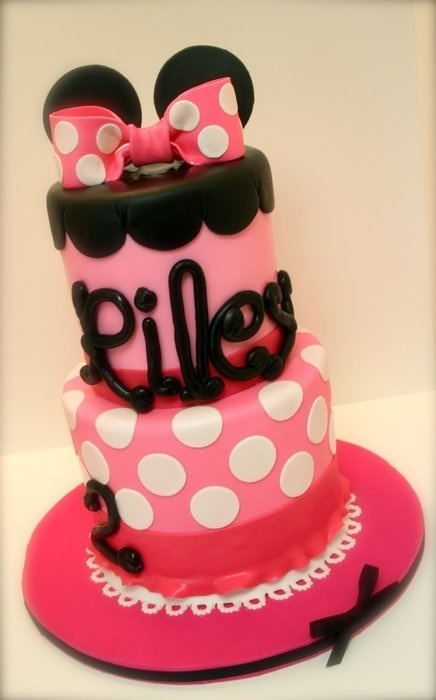 Minnie Mouse Cake.... A Minnie and Mickey cake for Ivy and Dante's bday...?!?!!!?