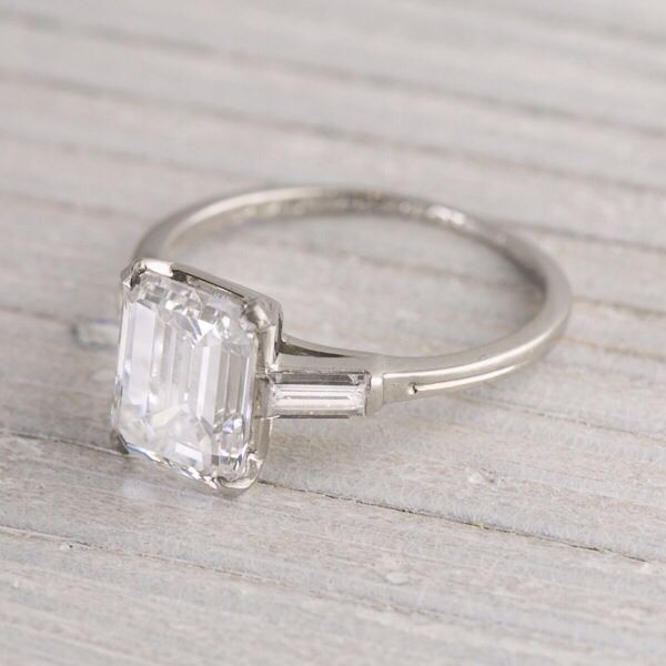 Vintage engagement ring Simple but elegant Weddings