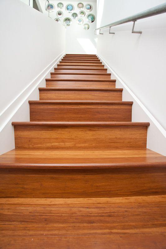 escaleras de madera de bambú