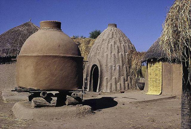 grenier mousgoum | AFRICA | Pinterest