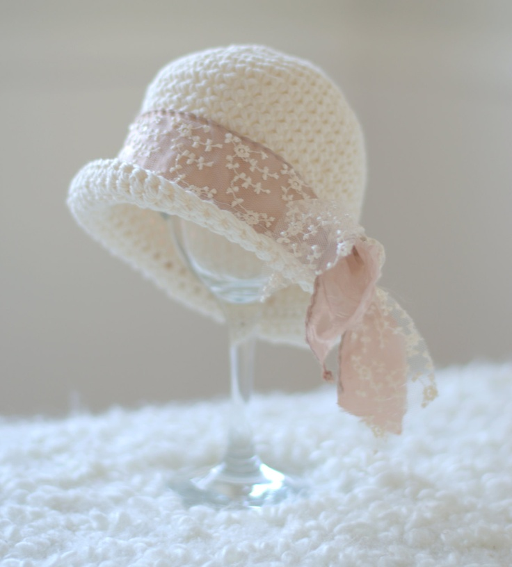 Crochet Pattern For Baby Cloche Hat : Gorgeou crochet cloche hat Hats Pinterest