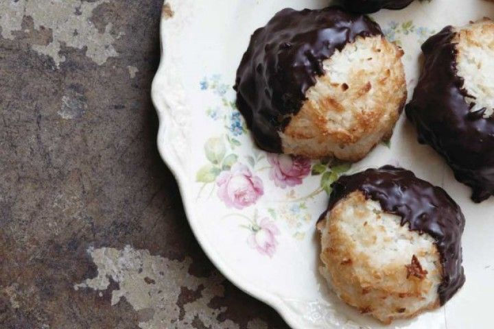 Coconut Macaroons (made With Moist, Sweetened Coconut) Recipes ...