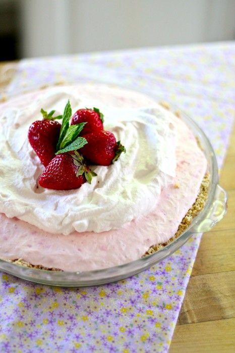 Strawberry icebox pie | Recipe