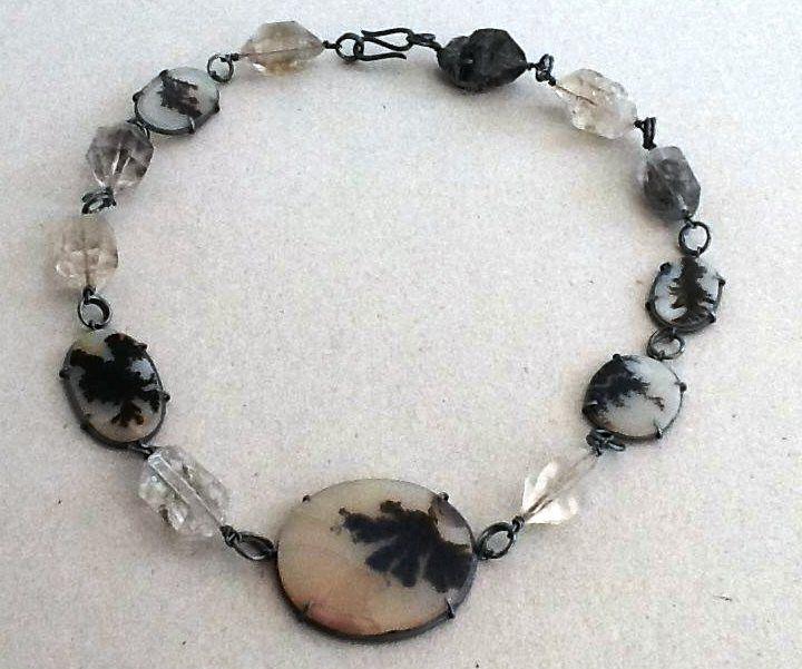 Tereza Seabra - colar -Prata oxidada e ágatas dendrite