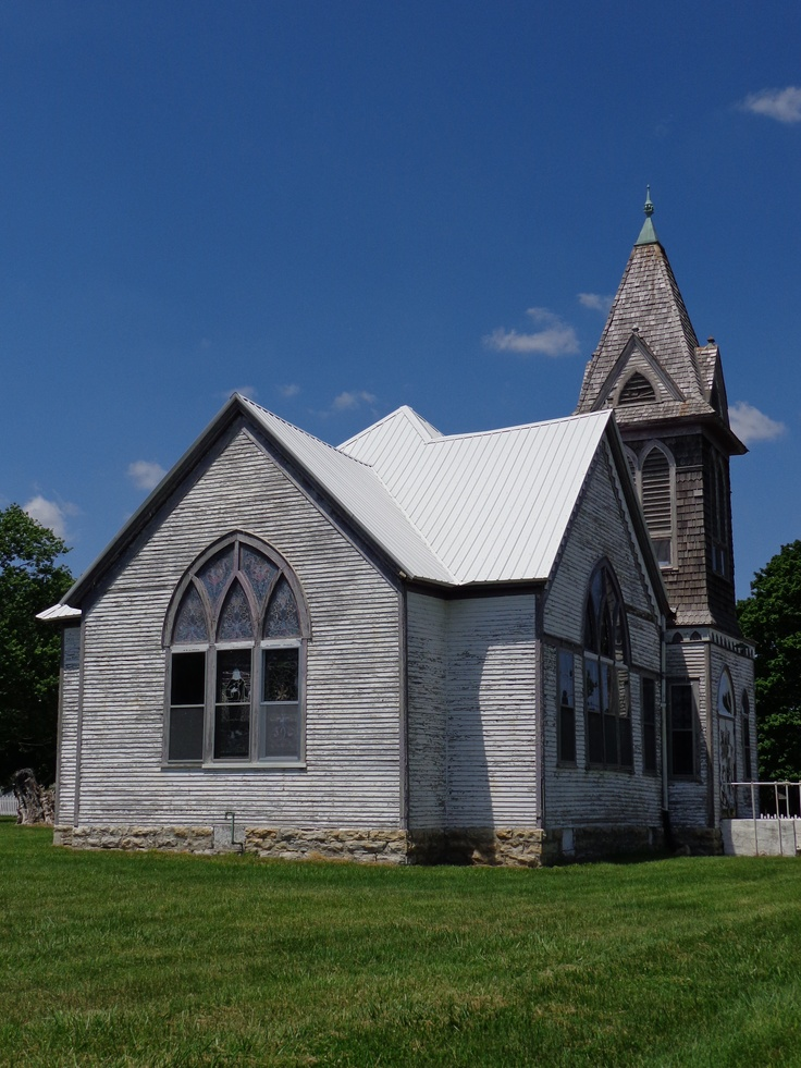 Old church in missouri old homes buildings pinterest - Homes in old churches ...
