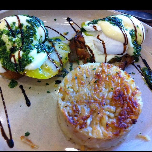Best eggs Benedict @ snooze! Chilaquiles Benedict Flavorful barbacoa ...