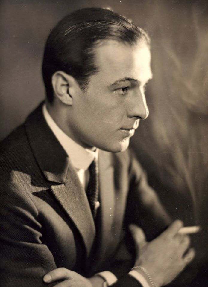 *The Great Rudolph Valentino, love when he dances the ...