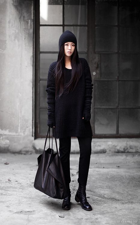 Monochrome streetwear. Love the oversized sweater bunched up a little in the arms, and the beanie.